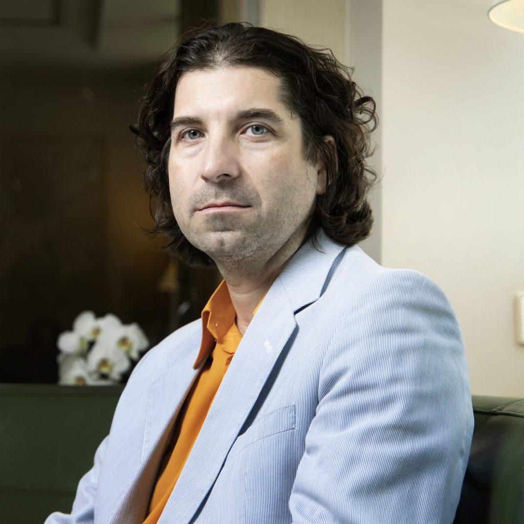 Auteur Laurent Dubreuil